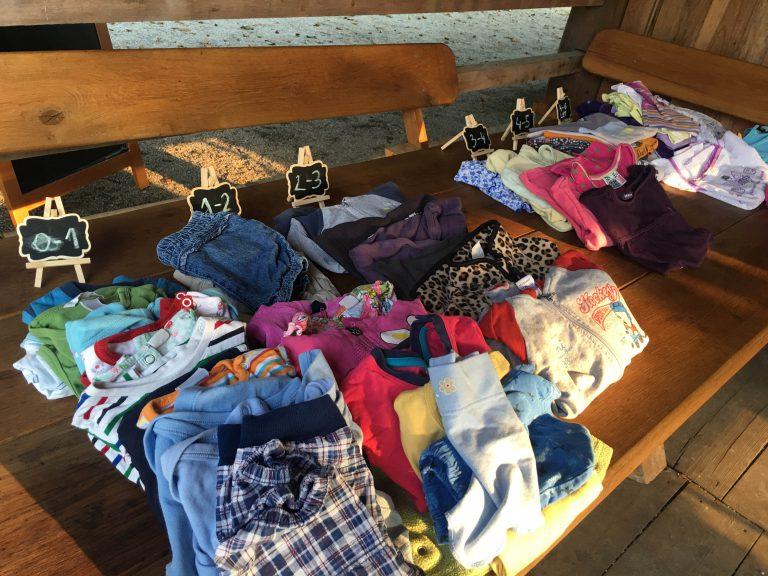 Kako organizirati menjavo oblačil, obutve, stvari… v svojem kraju